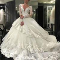 topu elbisesi gelinlik katmanı toptan satış-Tier Ruffles Balo Gelinlik 2017 Yeni Uzun Kollu Dantel Aplikler Seksi V Boyun Vintage Düğün Gelin Törenlerinde Vestidos
