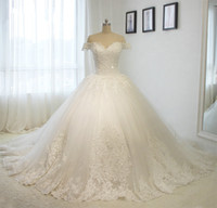 Wholesale Off The Shoulder Short Sleeves Luxury Wedding Dresses Long Train Tulle Applique Beaded Ball Gowns Lace up White Vintage Real Dress