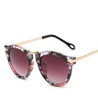 ingrosso occhiali in metallo-Occhiali da sole oversize Nuovo metallo arrow occhiali da sole retro color film occhiali da sole riflettenti occhiali tendenza personalità 9 selezione di colori