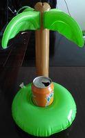 plastik aufblasbare karikaturen großhandel-2016 sommer Badespielzeug Nette Getränkedosenhalter PVC Aufblasbare Schwimm Kokospalmen Spielzeug Schwimmbad Bad Strand Wasser Spielzeug