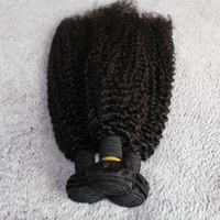 işlenmemiş sapık kıvırcık saç toptan satış-100% 8A Birmanya Saç Uzatma Doğal Siyah Saç Demetleri 3 adet / grup Tangel Ücretsiz Kinky Curl Işlenmemiş İnsan Saç Dokuma Hızlı Teslimat