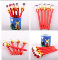 roter stiftkarikatur großhandel-Weihnachten Kid Cartoon Pen Schneemann Weihnachtsmann Weiche Keramik Kugelschreiber Red Christmas Craft Pen Kinder Weihnachtsgeschenk