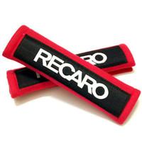 kırmızı araba koltuğu örtüleri toptan satış-Araba Stil Emniyet Kemeri Kapak Pedleri 2 adet Sıcak Kırmızı Emniyet Kemeri Kapak Omuz Pad Çiftleri ile Nakış Recaro Logosu