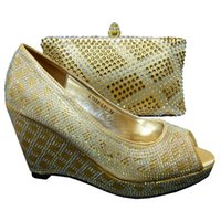 Wholesale handbags matching shoes - Most fashion ladies pumps design African shoes matching handbag sets with beading decoration for party 1308-L51 gold