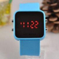 led mirror face watch großhandel-LED-Kunststoff-Spiegel-Uhr Großhandel Mode Silikagel LED Uhr Spiegel Gesicht Uhr Lady Watch