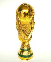 статуя бесплатная доставка оптовых-2018 Россия Кубок мира сувениры футбол трофей размер реплики футбол статуя модель сувениры подарок бесплатная доставка