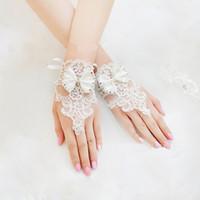 Wholesale Korean White Short Wedding Dress - New Korean Fashion Wrist Flower Lace Diamond Bridal Gloves Wedding Gloves Dress Short Paragraph Mitts