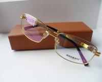 gläser formen farbe großhandel-NEUES Großhandelsqualitäts-IP-Überzug 100% Pure-Titanium Ultraleichtes full-frame für männliche Korrektionsgläser Goldene Farbe Rechteckform