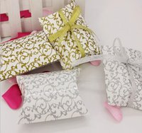Wholesale Easter Printed Ribbon - 100pcs Pillow-Shaped Candy Box European Style Personalized Wedding Favour Candy Box Printed Pillow Box Birthday Party Supplies with Ribbon