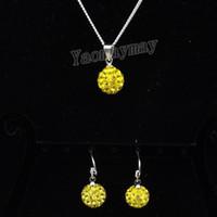 bola de discoteca amarilla al por mayor-10 mm amarillo bola de discoteca pendientes colgantes y collar de diamantes de imitación de joyería conjunto 10 conjuntos al por mayor