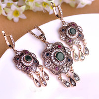 Gros-2016 Sets Vintage Bijoux turc Green Flower Pendant Antique plaqué or Princesse Crochets long Pendientes Collier boucles d'oreilles
