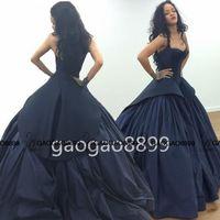 vestido de baile azul marinho sem encosto venda por atacado-2019 Robyn Rihanna estilo celebridade vestidos escuro azul marinho Dubai árabe querida Backless vestido de baile vestidos de noite Zac Posen