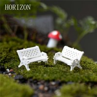Venda Por Atacado - 2Pcs White Chair Doll House Miniaturas Lovely Cute Fairy Garden Gnome Moss Terrarium Decor Artesanato Bonsai DIY