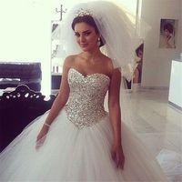 Wholesale lace bling wedding dresses - Long Wedding Dress Sweetehart Neck Sleeveless Ball Gown Bling Bling Beading Tulle Bridal Gowns Robe de mariage