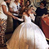 Wholesale Weding Dresses Sleeves - 2017 Off Shoulder V Neck Long Sleeve Lace Vintage Wedding Dresses Ball Gown Ivory Satin Wedding Gowns Weding Bridal Bride Dresses