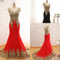 Wholesale designer evening wear - 2017 New Arrival Elegant Formal Dresses Evening Wear Designer Peacock Crystal Lace Mermaid Prom Dresses Sweep Train Evening Gowns