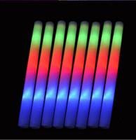 luz led de colores al por mayor-Colorido intermitente LED Glow Stick Light Up LED Light Stick para la fiesta de cumpleaños de la boda que anima Sticks Wedding LED Light