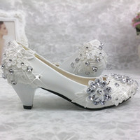 Wholesale bride low heel shoes - Lace Free Shipping White Wedding Shoes Princess Crystal Pearl Bride Shoes Bridemaid Shoes Low heel