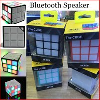 Colorful Mini Magic Cube Stereo Haut-parleur sans fil Bluetooth Haut-parleur mains libres sans flash avec carte TF avec package de vente au détail
