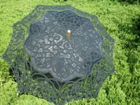 ingrosso ombrello di nozze nera-Ombrello in pizzo vintage per la festa di nozze Ombrello da sposa in pizzo fatto a mano bianco nero e beige ricami parasole in pizzo