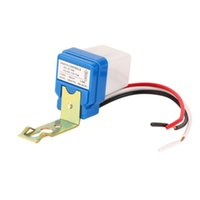 1pcs Haute qualité 12V 10A Auto AC DC On Off Photocell Street Light Photoswitch Sensor Switch Hot Sales