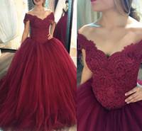 kırmızı quinceanera elbise dantel toptan satış-Koyu Kırmızı Balo Quinceanera Elbiseler Kapalı Omuz Dantel Tül Artı Boyutu Bordo Gelinlik Modelleri Tatlı 16 Abiye Lace Up