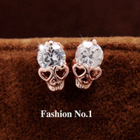 Nouveaux bijoux pour femmes de mode Vintage Stud Earrings CZ Diamond 18K plaqué or Skull Skeleton Charm Stud Earrings