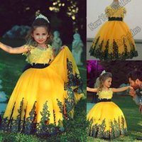 Wholesale Girls Bright Pink Dresses - 2016 Cute Bright Yellow Ball Gown Flower Girl Dresses Lace Appliques Floor Length Puffy First Communion Dress For Girls Pageant Dress