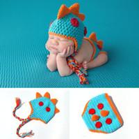 reforço de móveis venda por atacado-Adereços Fotografia Bebê 2017 Crochet Recém-nascidos Meninos Dinossauro Outfits Baby Boy Roupas De Malha Dinossauro Hat Set Infantil Foto Adereços