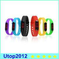 frete grátis led wristwatches venda por atacado-Moda Esporte Crianças Pulseira Data Relógio de pulso do transporte DHL grátis do Led Men relógio digital Utop2012 Atacado Relógios de mão