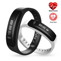 K8 Sport Smart Wristband Bracelet Moniteur de pression artérielle Watch Fitness Tracker Heart Rate Sleep Monitor Smart Band SMS Appel pour IOS Android