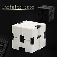 офис стресс игрушки оптовых-Непоседа Новинка Magic Cube Infinity Toys Антистрессовый Juguete для Офисного Автомобиля Контроллер Фокуса Finger Cube Spinner Spiner для Взрослых