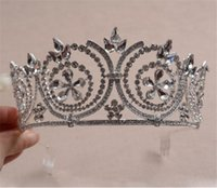 Vintage Wedding Bridal Tall Crown Tiara Queen Strass Accessoires pour cheveux Headband Comb Headpiece Beauty Pageant Crown Prom Femmes Coiffe