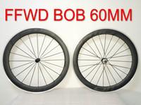fibra de carbono fosca preta venda por atacado-Bob FFWD R6R 60mm Liga R39 Hubs Preto Decalques de Liga de Alumínio Rodado Estrada De Fibra De Carbono Rodas