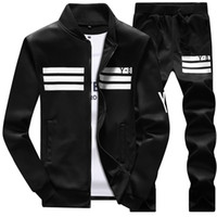 hommes mis survêtements achat en gros de-Hommes Sportswear Sweat à capuche et sweat-shirts Noir Blanc Automne Hiver Jogger Costume Sportif Hommes Sweat Costumes Survêtements Set Plus La Taille M-4XL