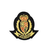 eisen gekrönt großhandel-10 PCS Fashion Crown Abzeichen Patches für Kleidung Taschen Eisen auf Transfer Applique Patch für Jacke Jeans Nähen auf Stickerei Abzeichen DIY