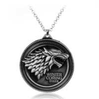 Wholesale Wolf Pendant Necklace Women - Cosplay Movie Necklaces Game of Thrones Necklace House Stark Winter Coming Vintage Wolf Necklaces Pendants Women Men Jewelry