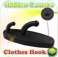 Barato Detecção Espião Gancho Gravador-Spy Clothes Hook Camera 720P Suspensão de roupas HD Câmera escondida com detecção de movimento Mini Spy DVR Pinhole Cam Video Recorder
