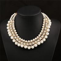 ingrosso grandi disegni di ciondolo d'oro-Collana di perle a imitazione grande multistrato Collana di perle di chunky lusso simulato a forma di conchiglia di perle Collana di design di moda in oro