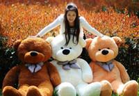 плюшевые медведи оптовых-Чучела плюшевого мишку животных куклы плюшевые игрушки мягкая кожа белый бант розовый завод Безопасный медведь для девочек дети Рождественский подарок Размер 60 см фестиваль