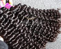 malezya doğal kıvırcık toptan satış-Bella Hair® 8A Kıvırcık Saç 100% Malezya Saç Örgüleri İşlenmemiş Bakire Doğal Renk 3 adet / grup İnsan Saç Atkı Ücretsiz Nakliye
