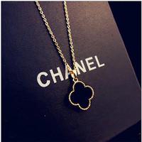 exterior preto venda por atacado-Trevo colar feminino versão coreana do preto Japão e Coréia do Sul jóias comércio exterior acessórios de moda titânio aço rosa de ouro