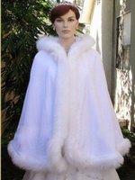capa del abrigo del ajuste de la piel al por mayor-Calentar nupcial Cabo Wraps por encargo de la boda del invierno del cabo del capote con capucha con borde de piel corto abrigos nupciales capa del invierno de la chaqueta de la novia