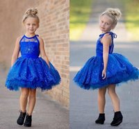 Royal Blue Short Nette Blumenmädchen Kleider 2016 Halter Tiered Applique Lace Kleine Mädchen Festzug Kleider für Hochzeit Veranstaltung