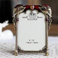 Wholesale Vintage Metal Photo Frames - 2016 NEW Vintage Rhinestone Wedding Photo Frames Metal Alloy Picture Frame Bridal Favor Gifts Home Decor
