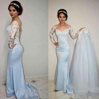mavi beyaz balo elbise örtüsü toptan satış-Abiye 2017 Sevgiliye Beyaz Dantel Aplikler Sky Blue Saten Mermaid Sheer Uzun Kollu Overskirts Örgün Parti Elbise Balo Abiye