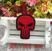 ingrosso ricamate di panno-ROSSO Punisher toppe ricamate SKULL Iron On Patch Teschio e ossa fatte di tessuto Applicazioni punk garantite cucite sul patch