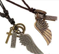 encanto de cuero para hombre collares colgantes al por mayor-Antique Vintage Angel Wing Mens Collar de cuero colgantes Charms HJIA556
