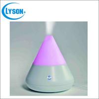 ultraschall-duftspritze großhandel-LED Farbwechsel SPA Mister 120 ml Kapazität Ultraschall Luftbefeuchter Aroma Diffusor Duft Sprayer Büro Luftreiniger Ätherisches Öl Diffusor