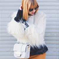 Western Style Women Patchwork Faux Fur Coat Inverno Outwear O-neck manga comprida Casaco quente Parka Overcoat Branco Preto Womens Roupas CJF0932